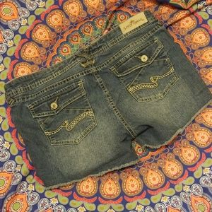 Almost famous low rise distressed Jean Shorts Boho